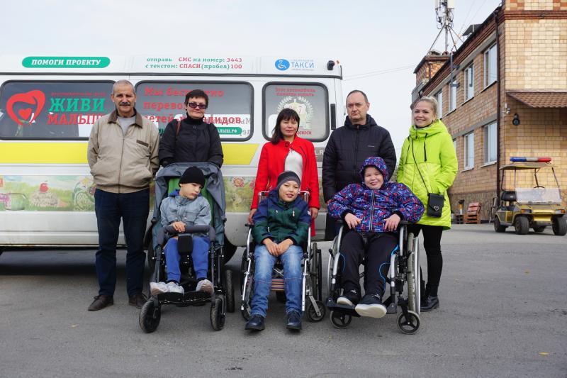 Инвалидов-колясочников из Свердловской области будут бесплатно возить по Екатеринбургу